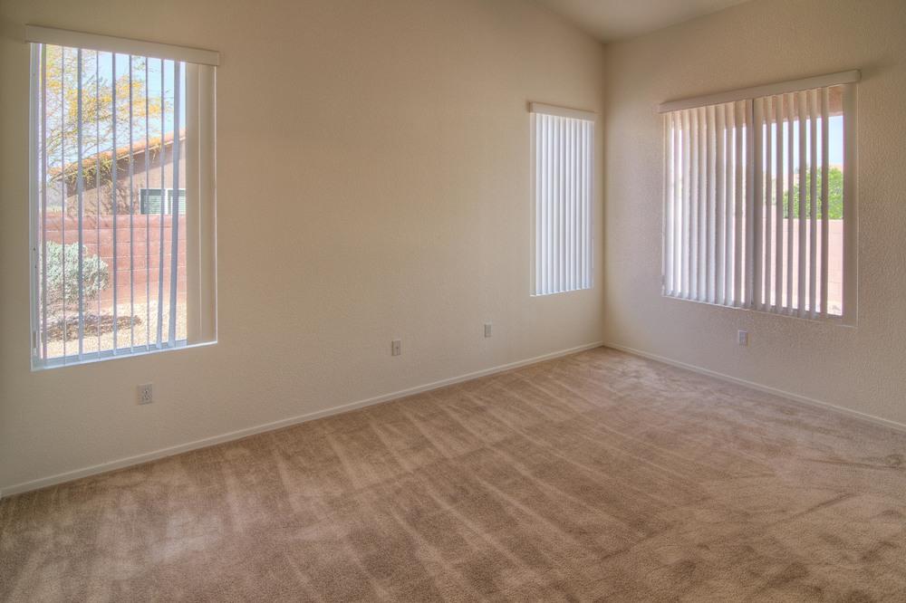 25 Master Bedroom d.jpg