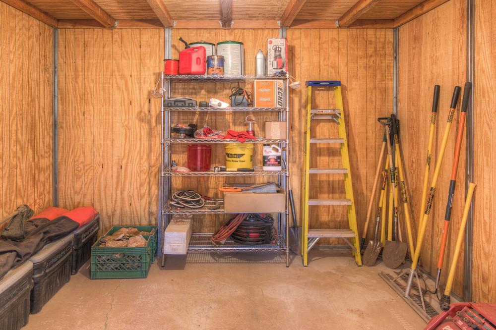 64 Tools Room.jpg
