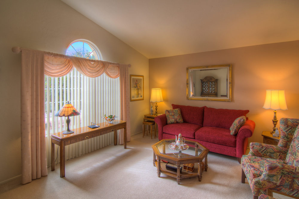 7 Living Room b.jpg