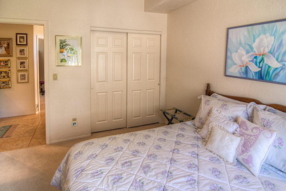 14 Bedroom 1 b.jpg