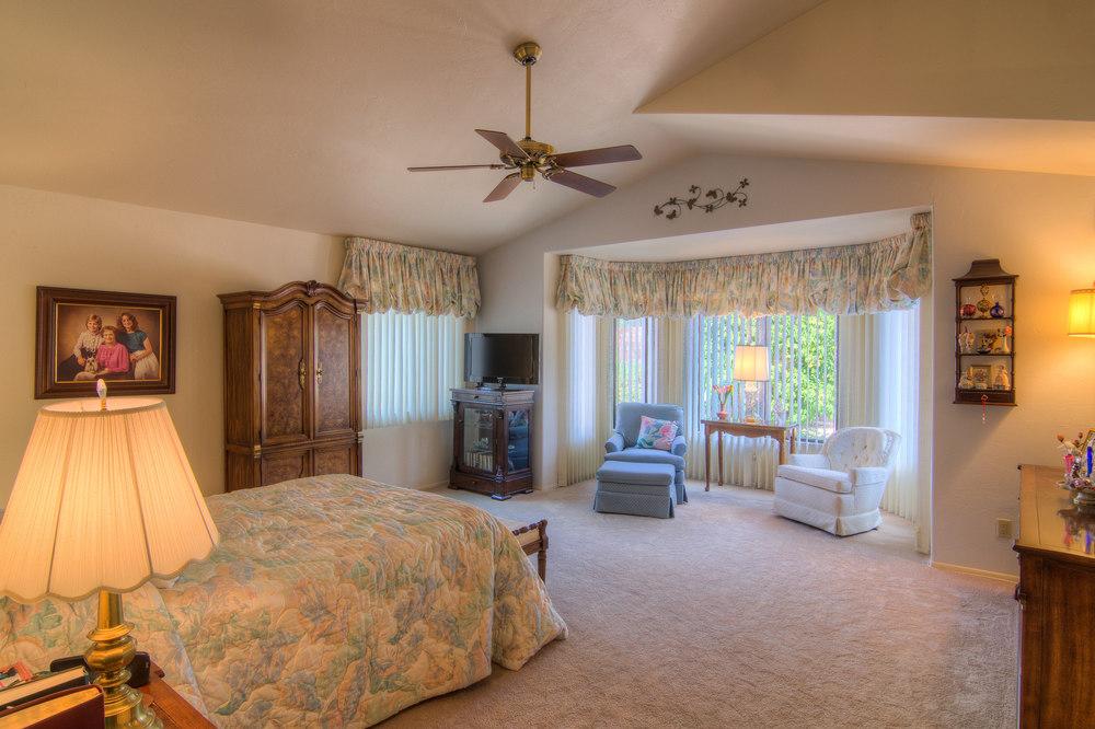 21 Master Bedroom a.jpg