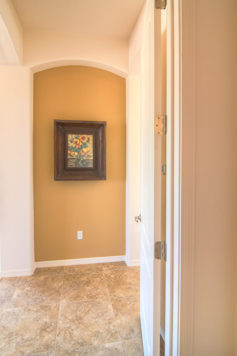 Master Bedroom Entrance2.jpg