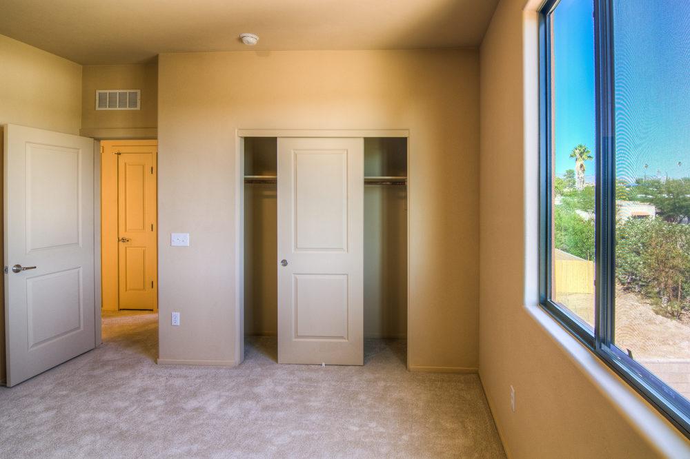 22 Bedroom 1b.jpg