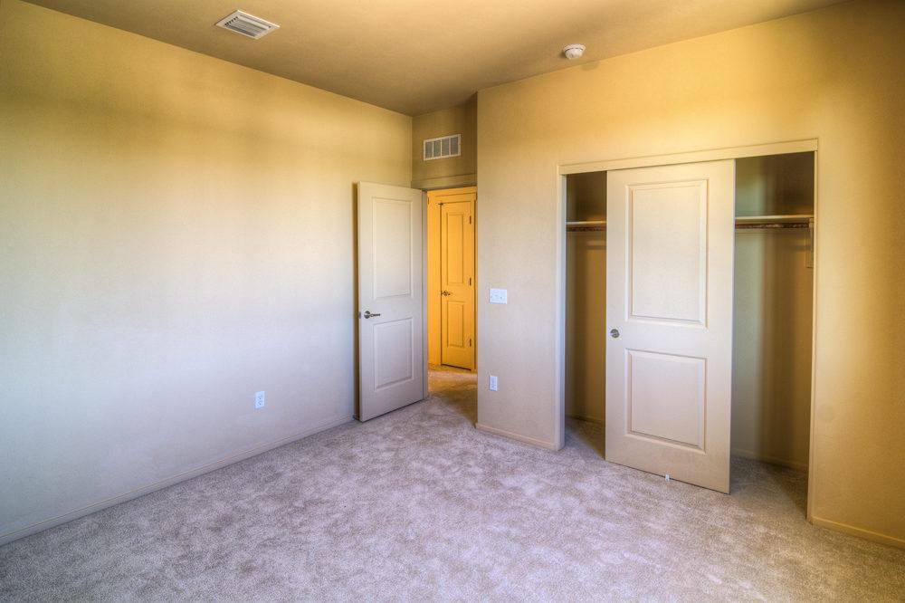 23 Bedroom 1c.jpg
