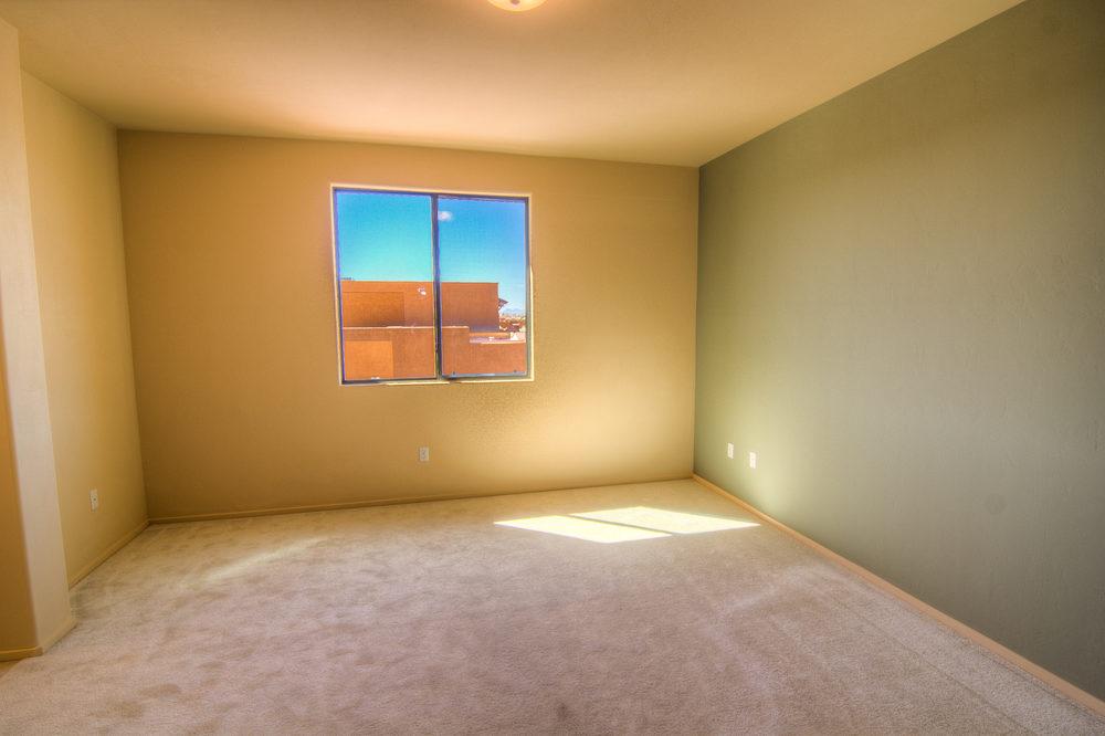 27 Master Bedroom a.jpg