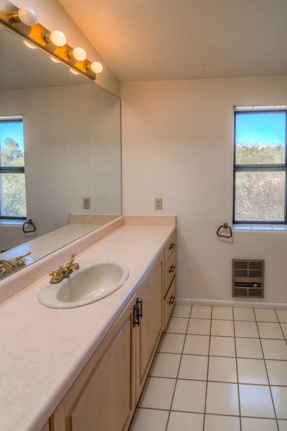 42 Guest Bath photo a.jpg