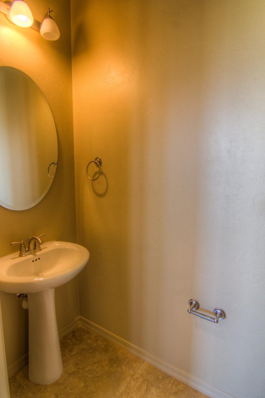 16 Half Bath.jpg
