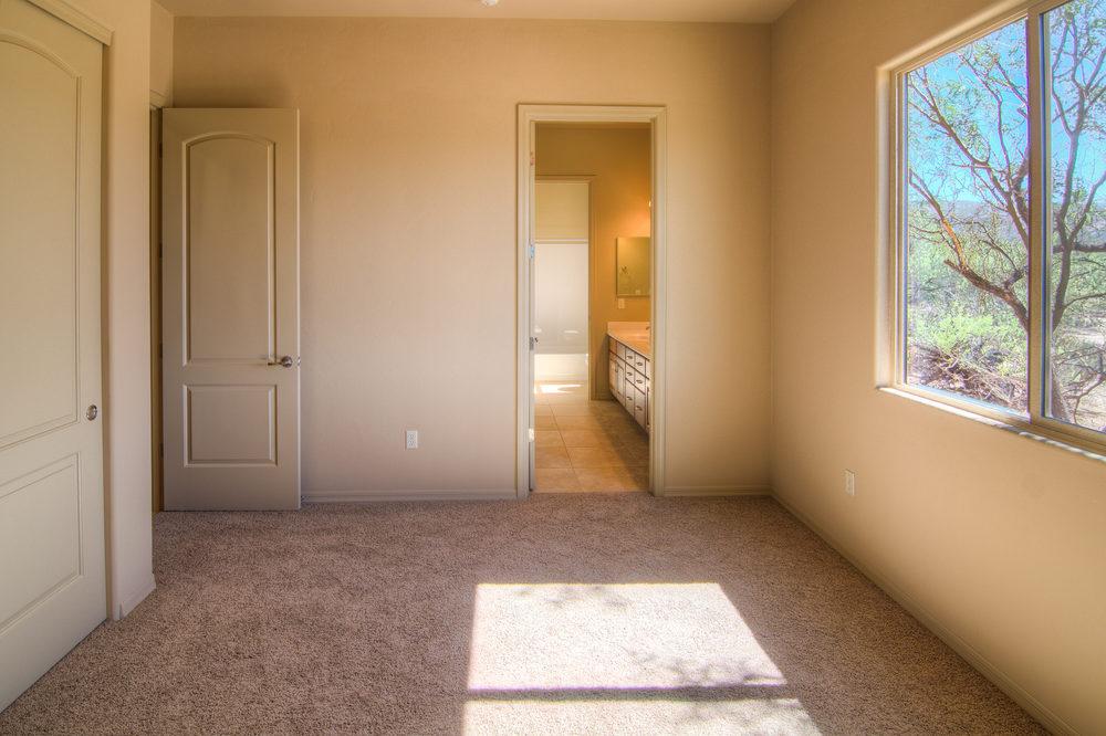 19 Bedroom 1c.jpg