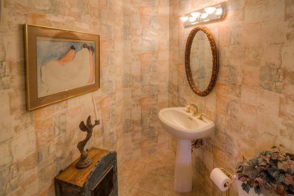 26 Guest Bathroom.jpg