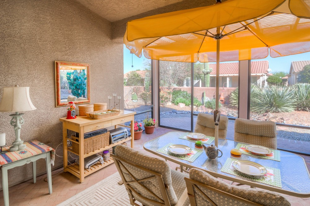 36 Covered Patio photo a.jpg