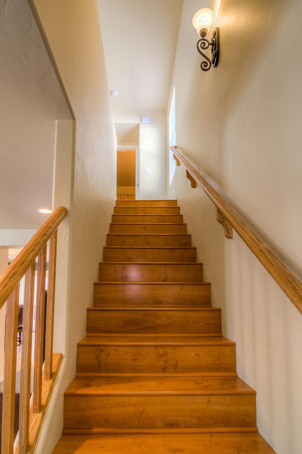 18 Stairway.jpg
