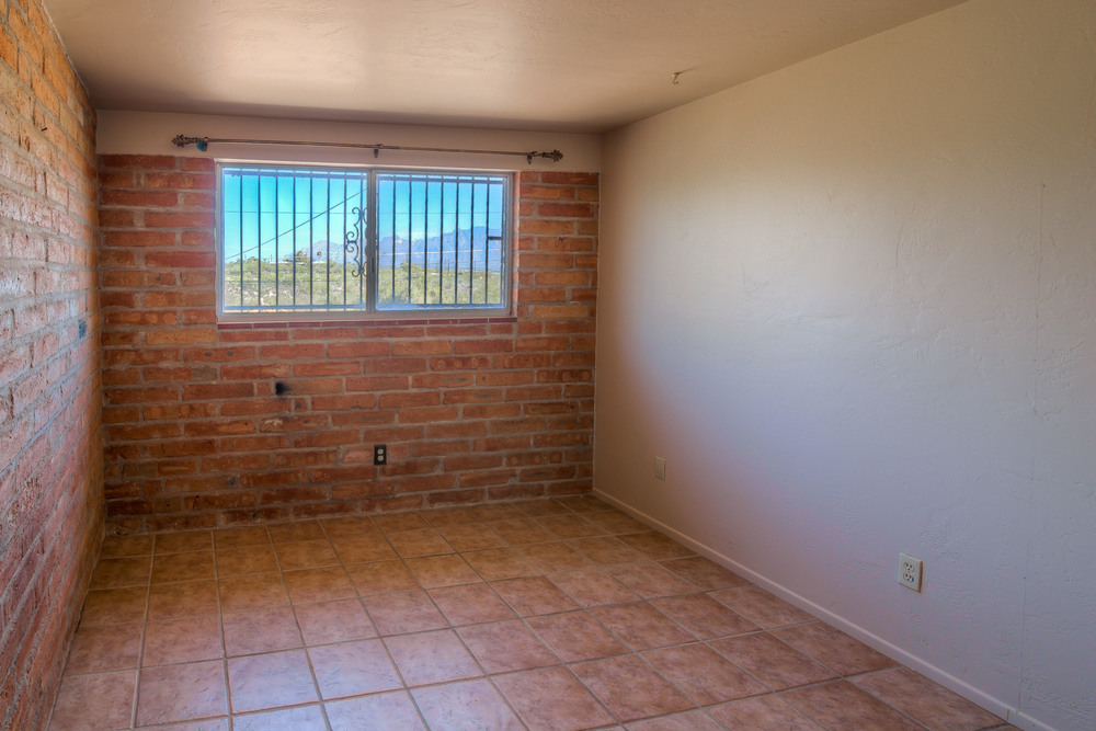 34 Bedroom 2 photo g.jpg