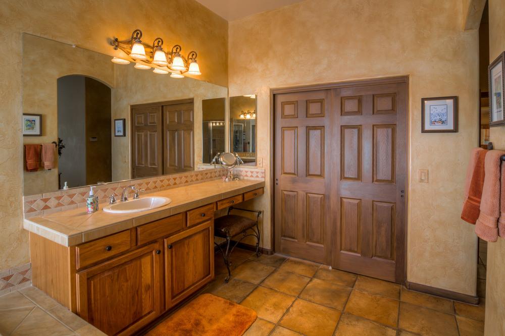 42 Master Bath photo a.jpg