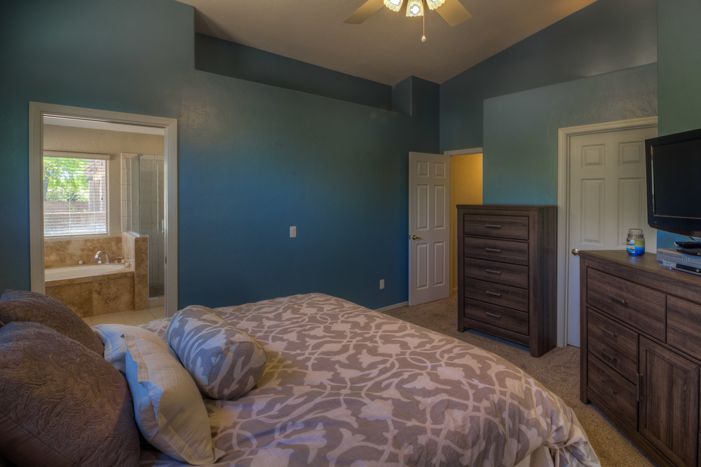30 Master Bedroom photo c.jpg