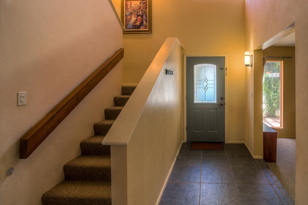 8 Entrance Inside.jpg