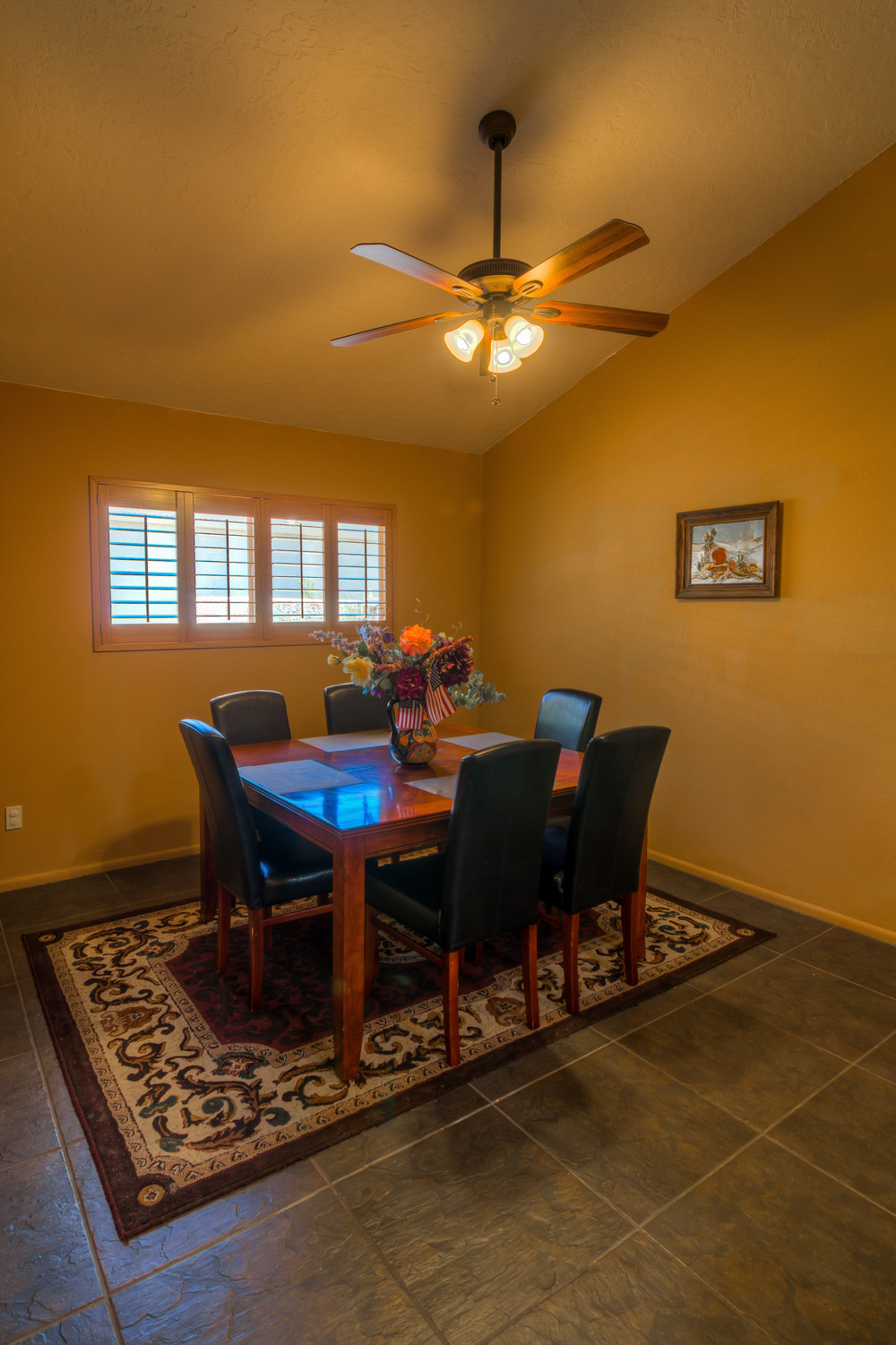 12 Dining Room photo a.jpg