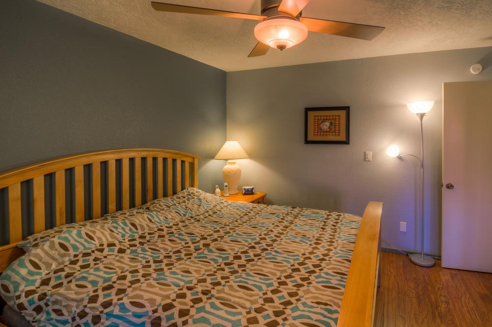 41 Bedroom 1 photo d.jpg