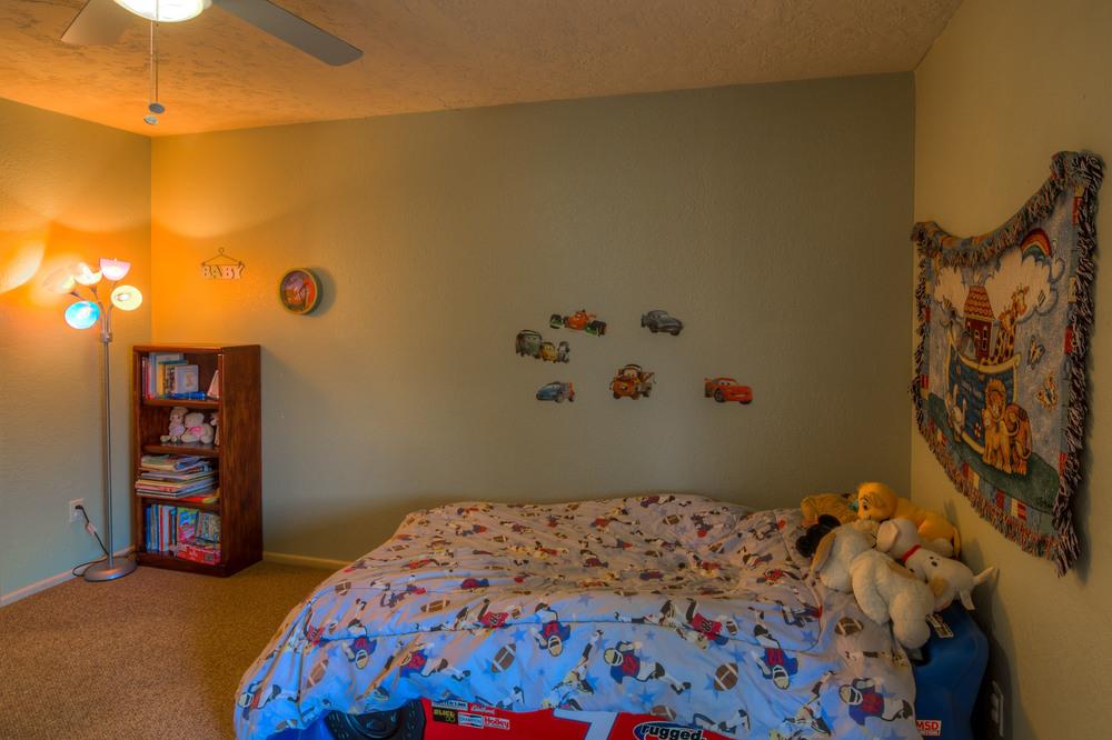 43 Bedroom 2 photo b.jpg