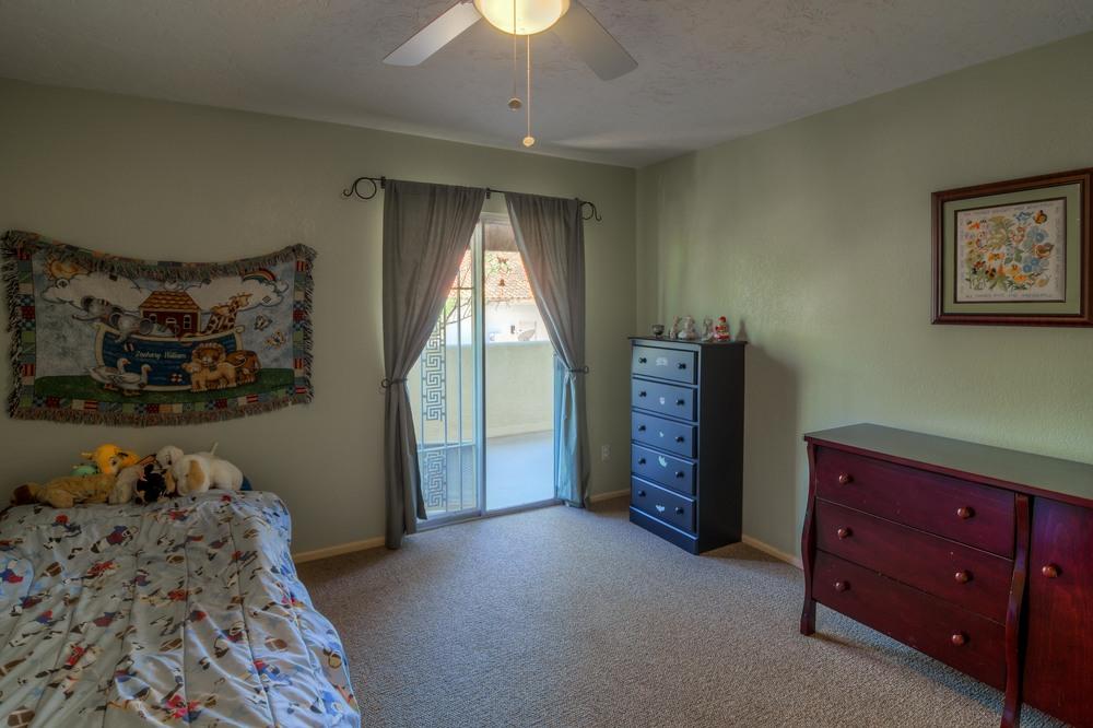 44 Bedroom 2 photo c.jpg
