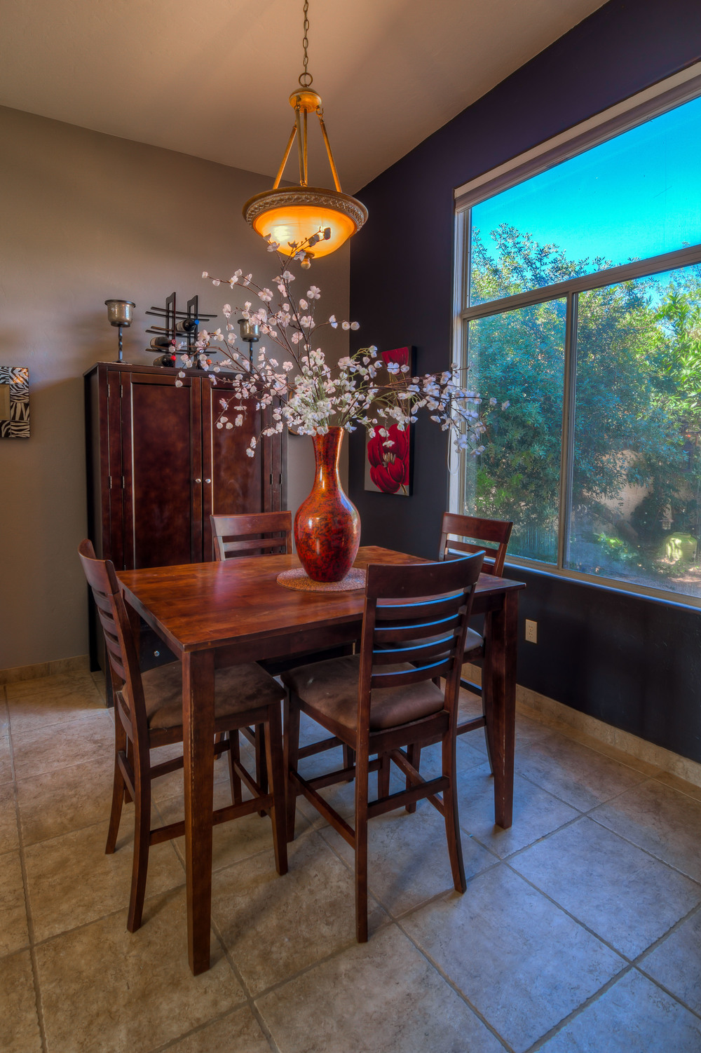 12 Dining Room photo c.jpg