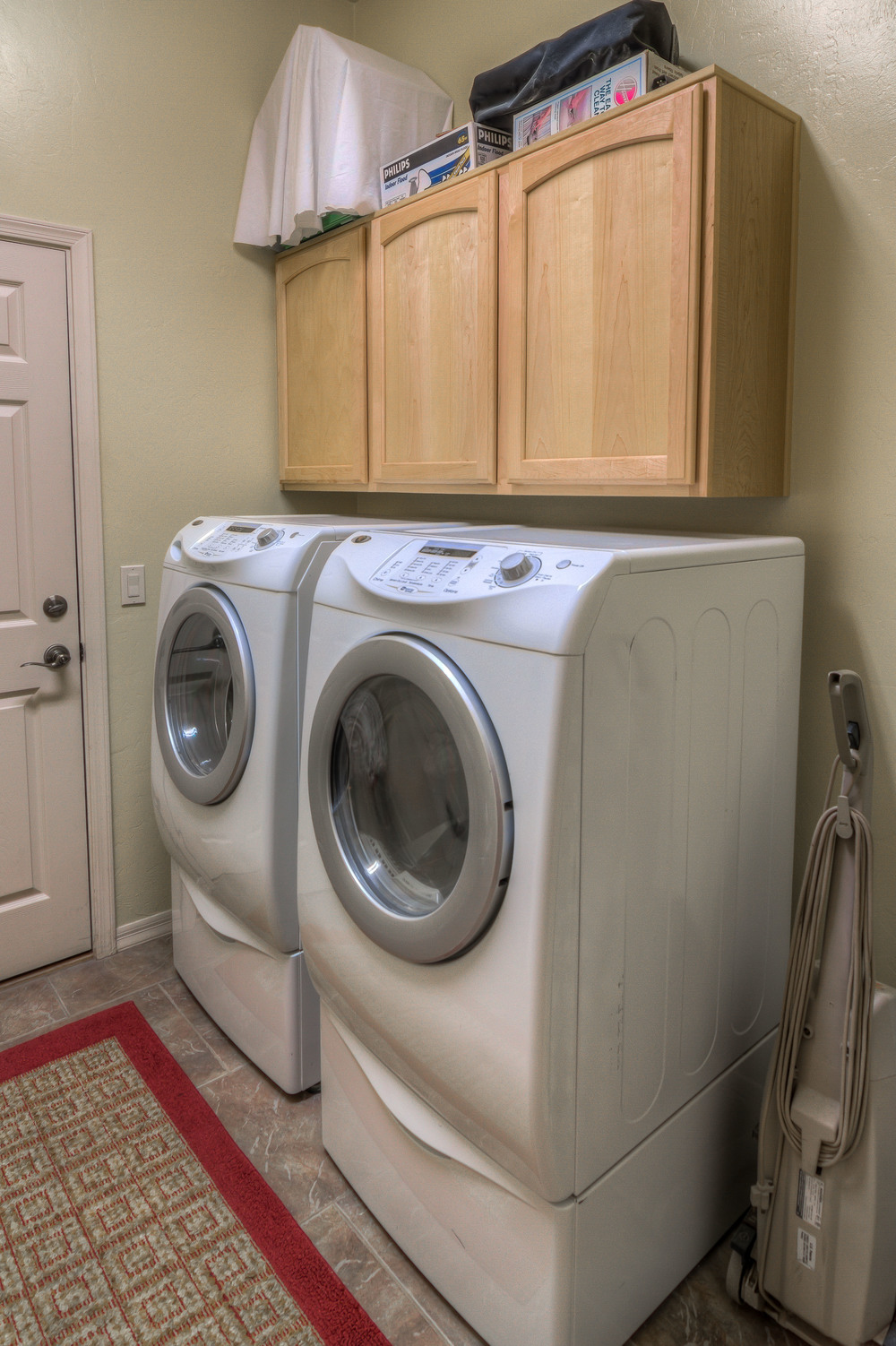 26 Laundry Room photo b.jpg