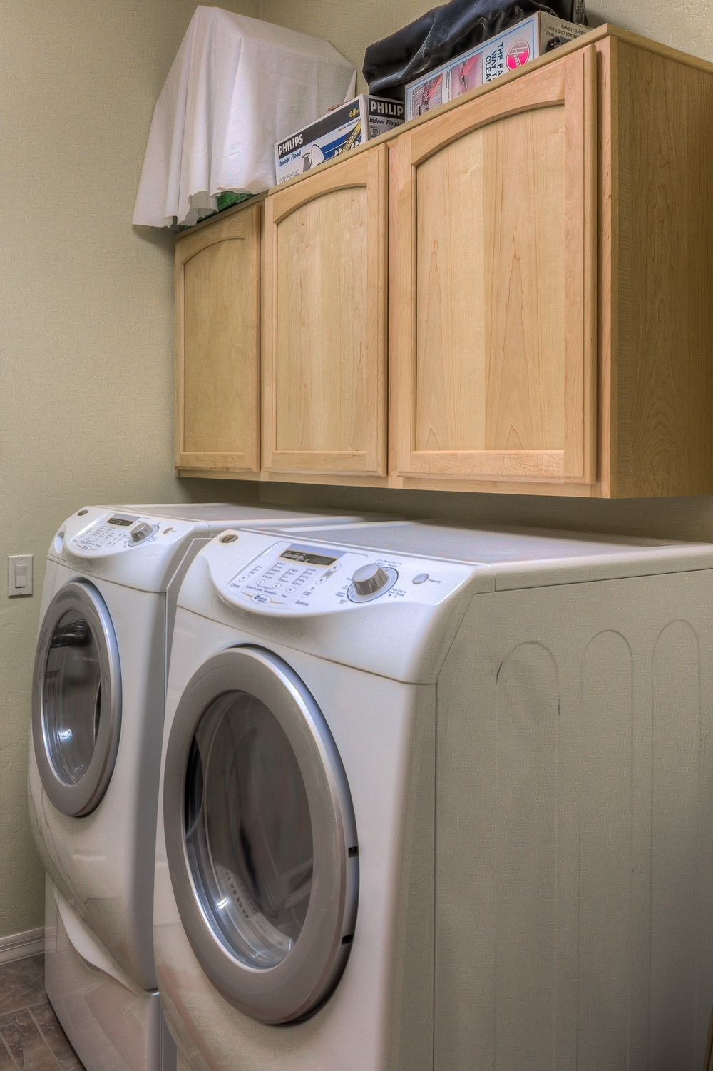 25 Laundry Room photo a.jpg