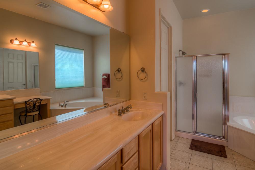 32 Master Bath photo a.jpg