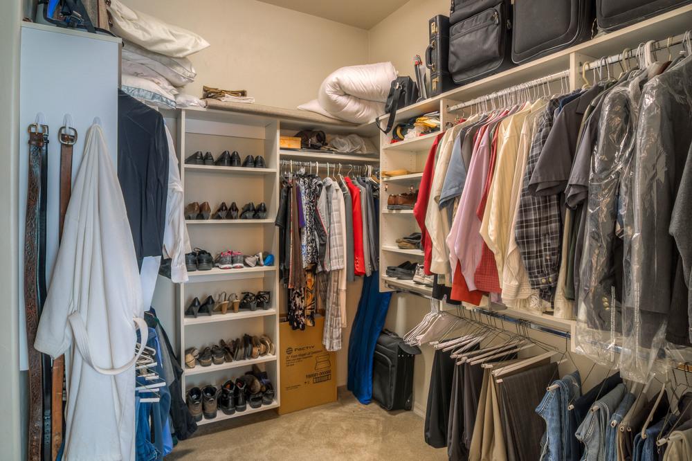 34 Master Closet photo a.jpg