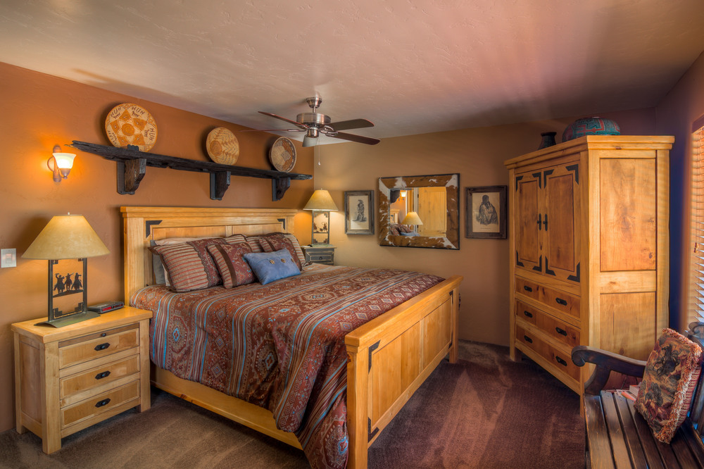 35 Master Bedroom photo b.jpg