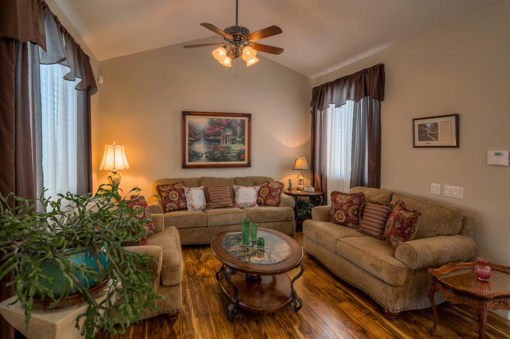 11 Living Room photo d.jpg