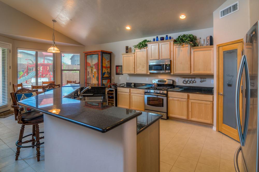 15 Kitchen photo a.jpg