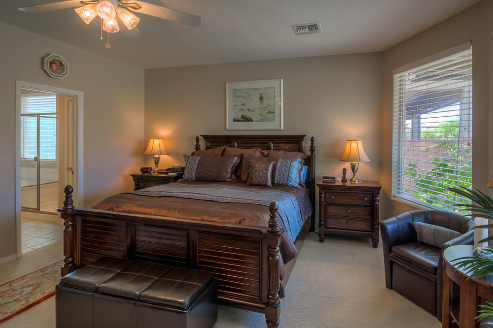 24 Master Bedroom photo b.jpg