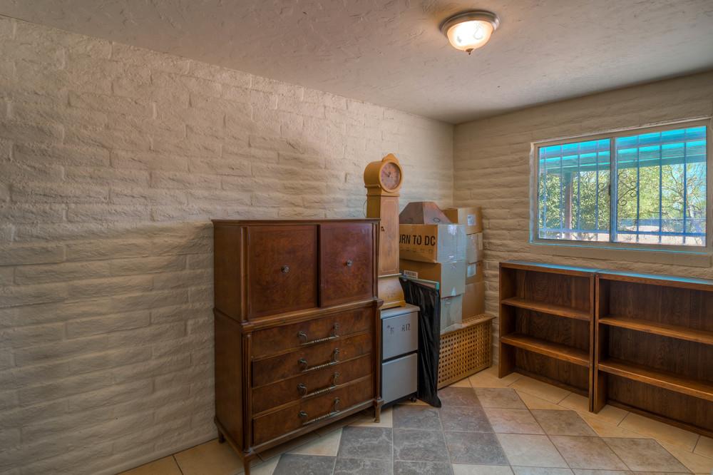24 Bedroom 2 photo a.jpg
