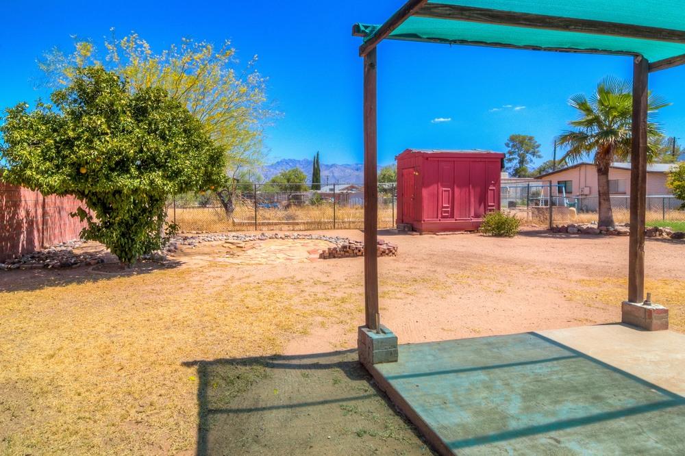 36 Backyard photo g.jpg