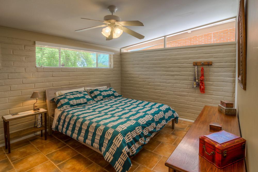 23 Master Bedroom photo b.jpg