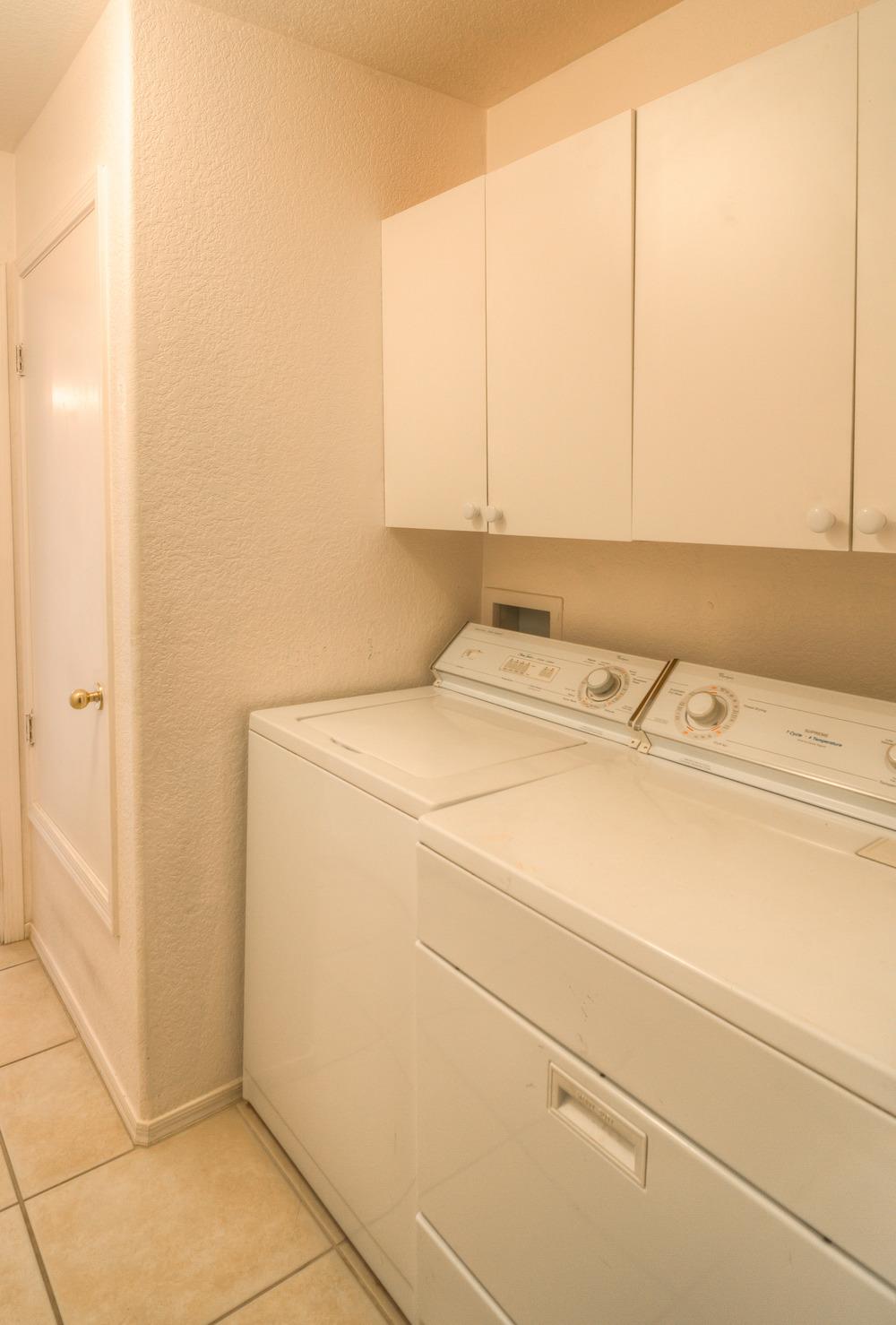 40 Laundry Room photo b.jpg