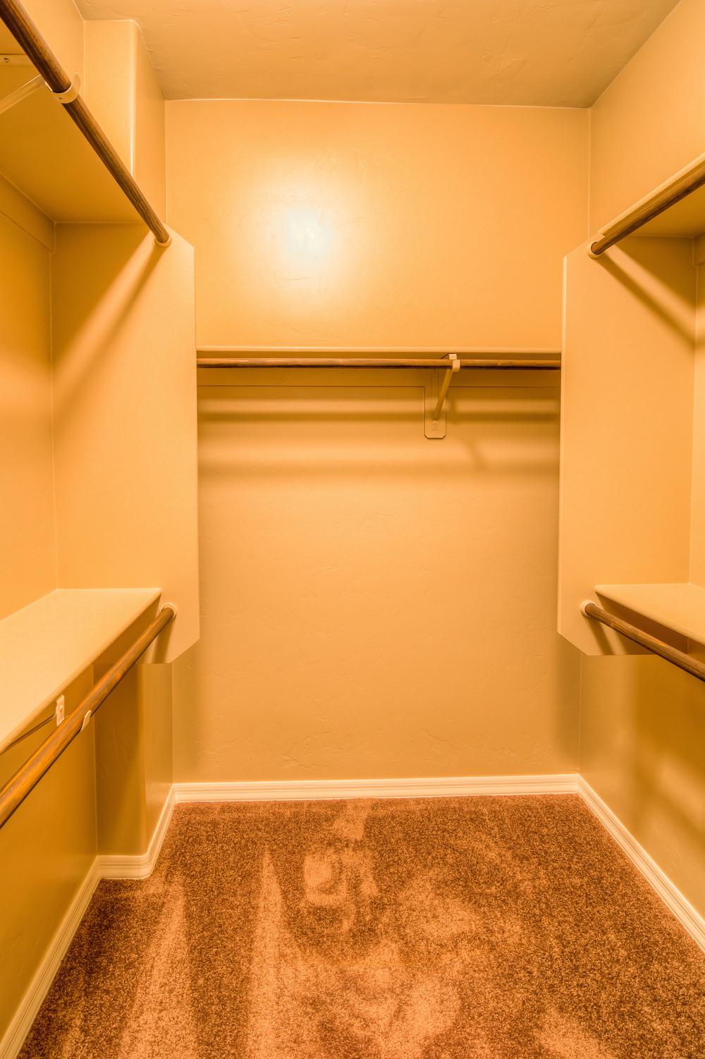 40 Master Closet photo b.jpg