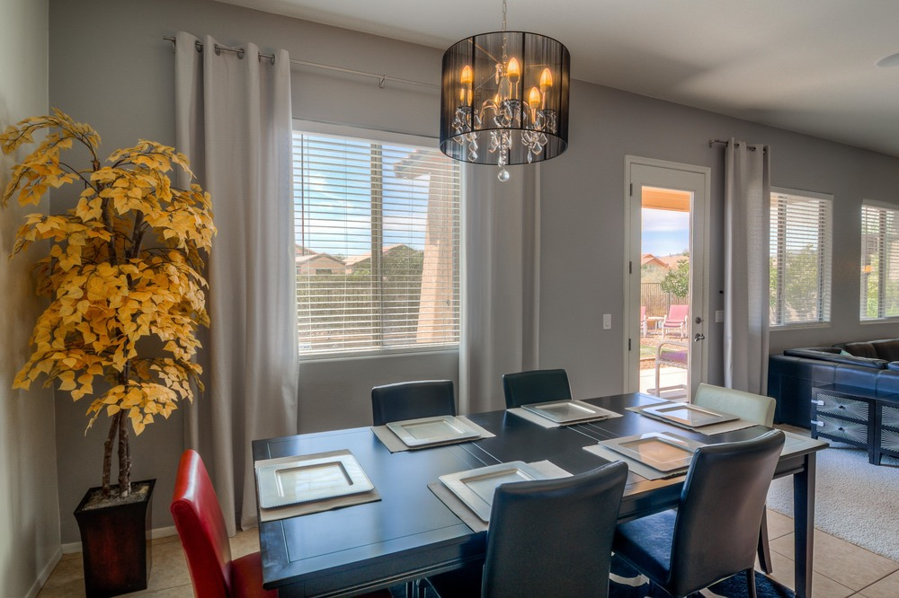 32 Dining Room photo b.jpg