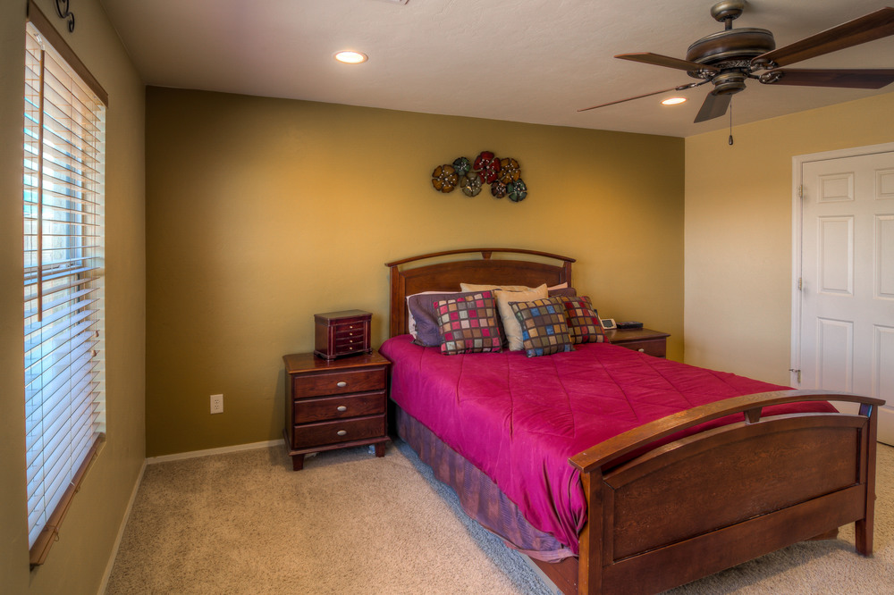 36 Master Bedroom photo c.jpg