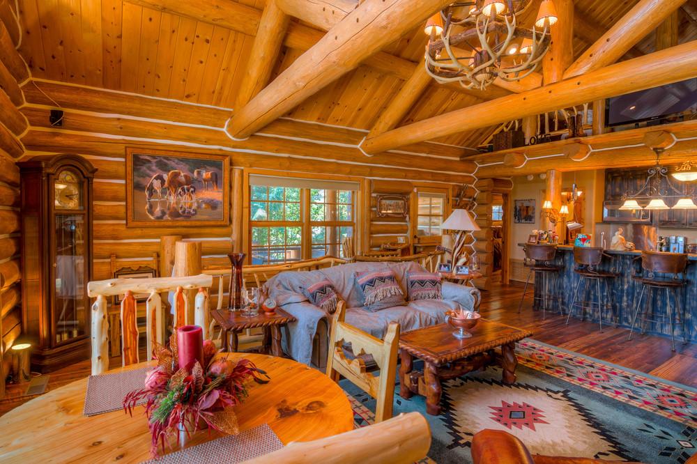 21 Living Room photo d.jpg