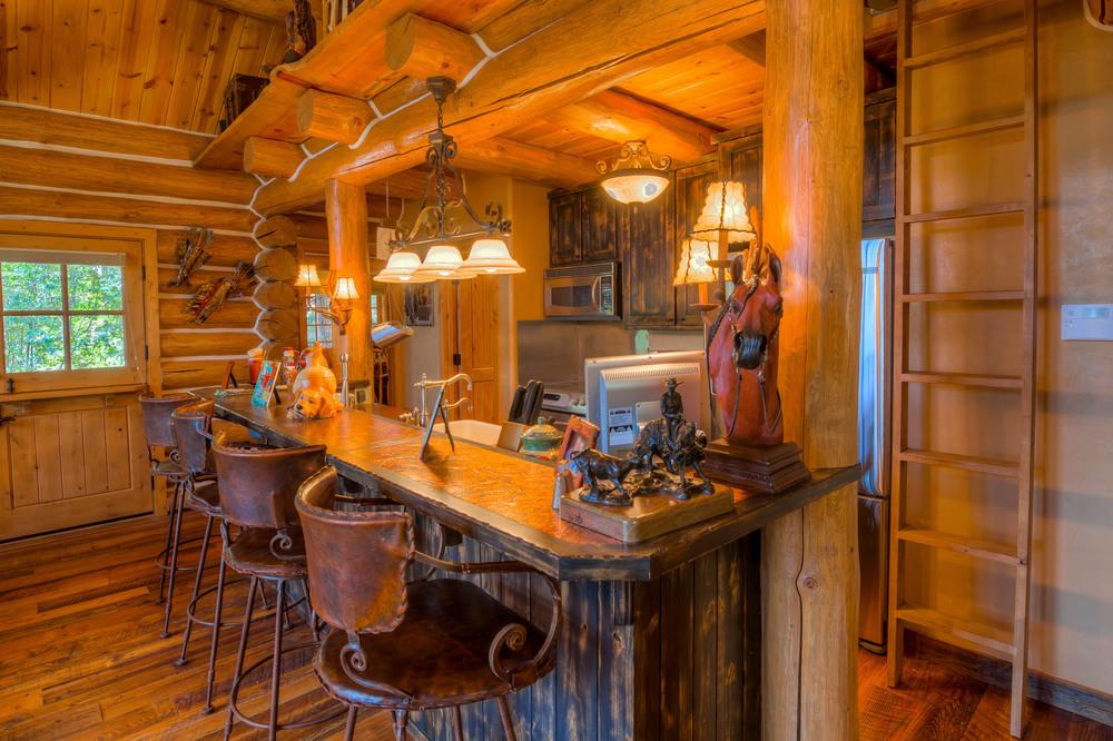 26 Kitchen photo a.jpg