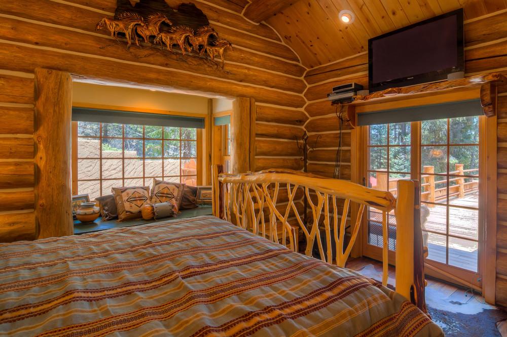 34 Bedroom 1 photo d.jpg