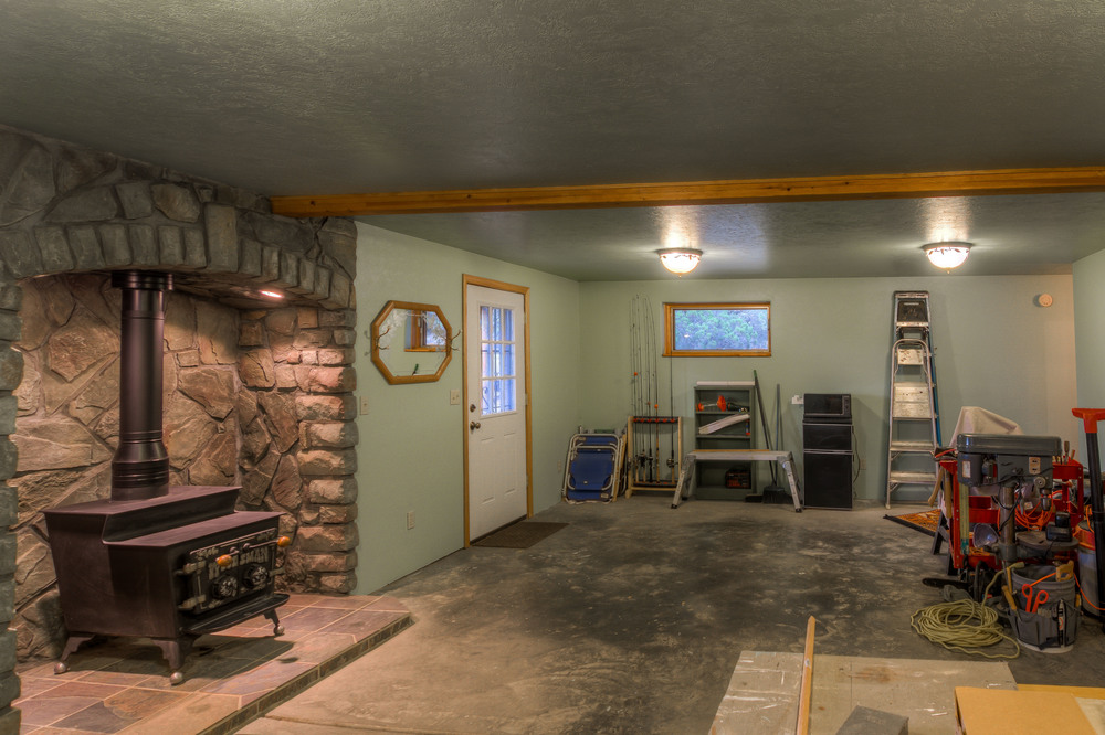 47 Basement photo b.jpg