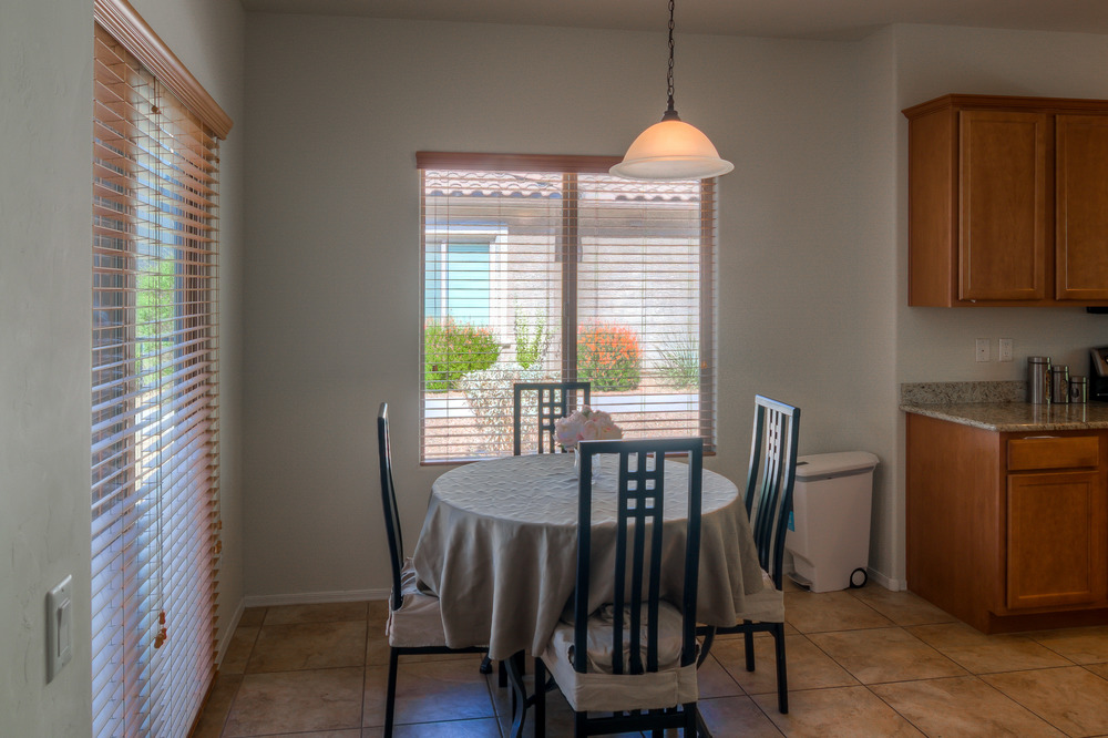 11 Dining Area photo a.jpg