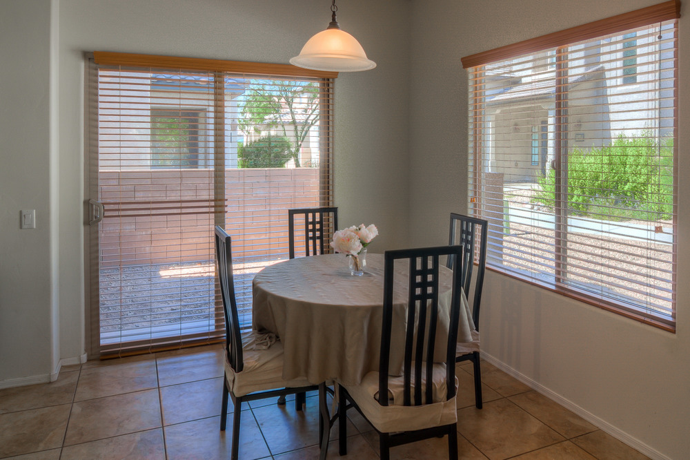 13 Dining Area photo c.jpg