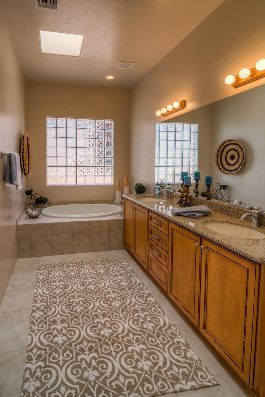 25 Master Bath photo a.jpg