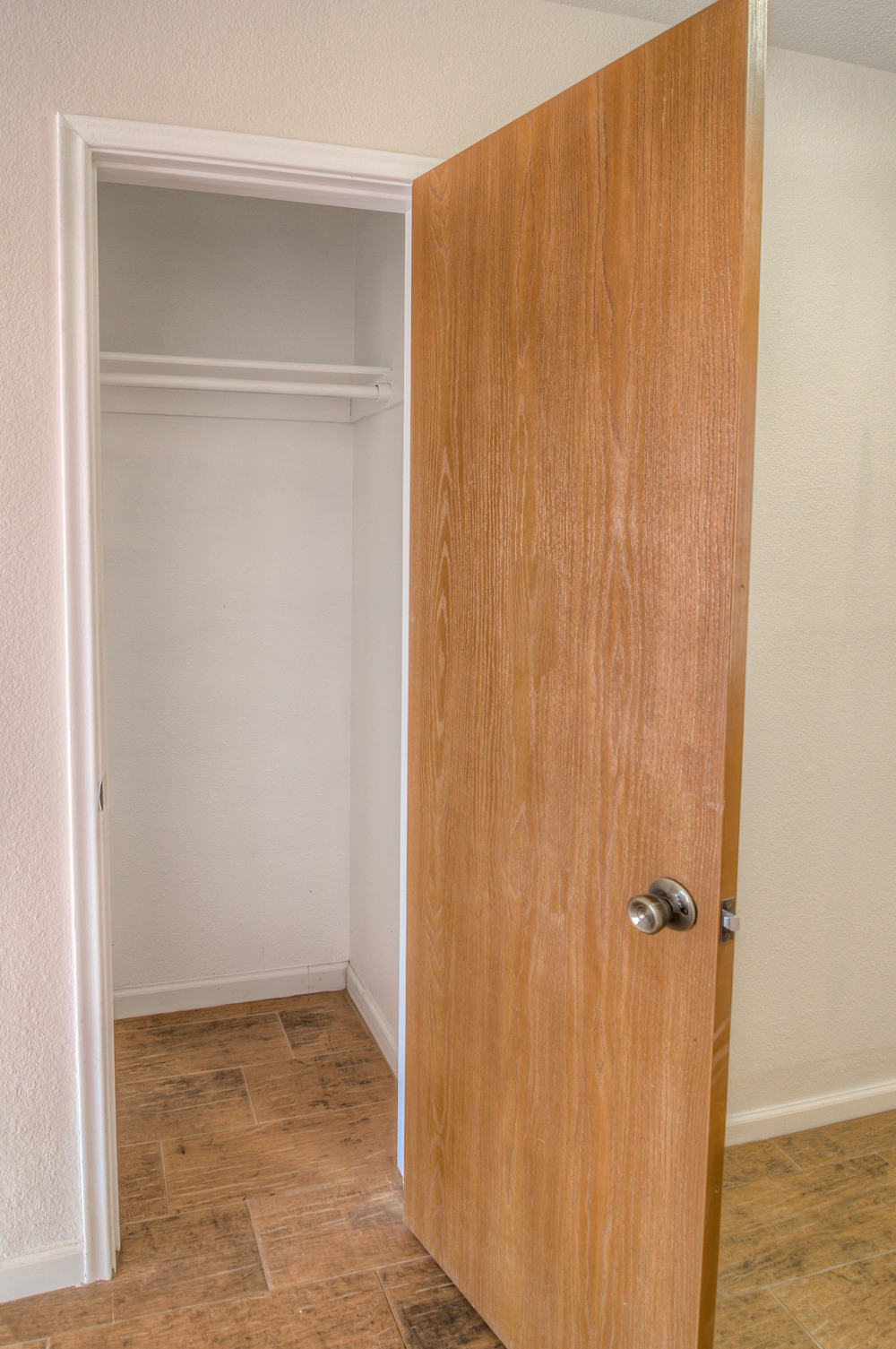6 Entry Closet.jpg