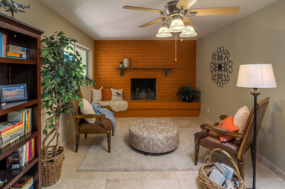 28 Living Room photo c.jpg