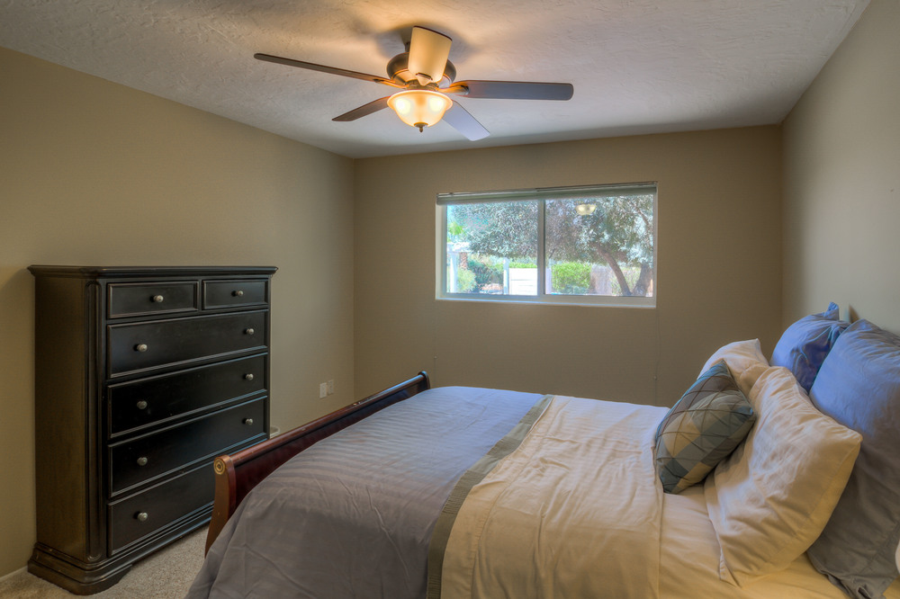 31 Bedroom 1 photo b.jpg