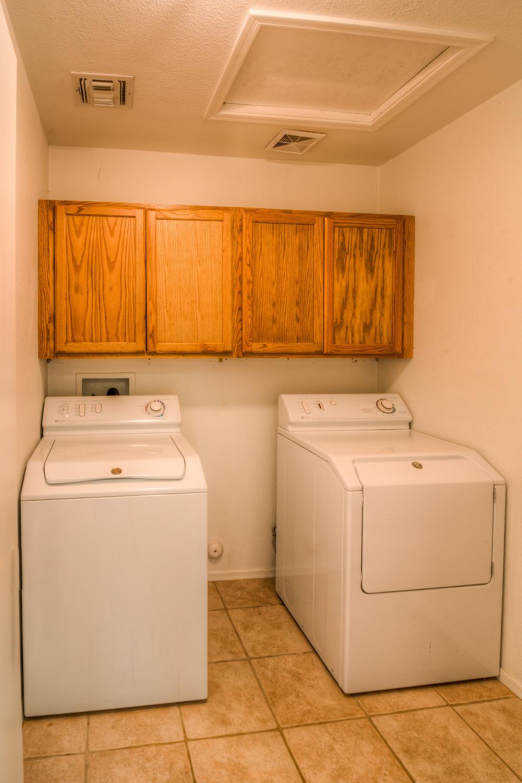 30 Laundry Room.jpg